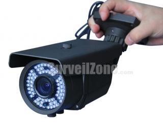 700TVL Sony CCD Effio-E 60m IR Weatherproof Camera 9-22mm Lens